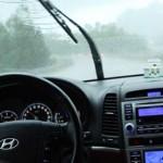 10 bí quyết lái xe an toàn khi trời mưa